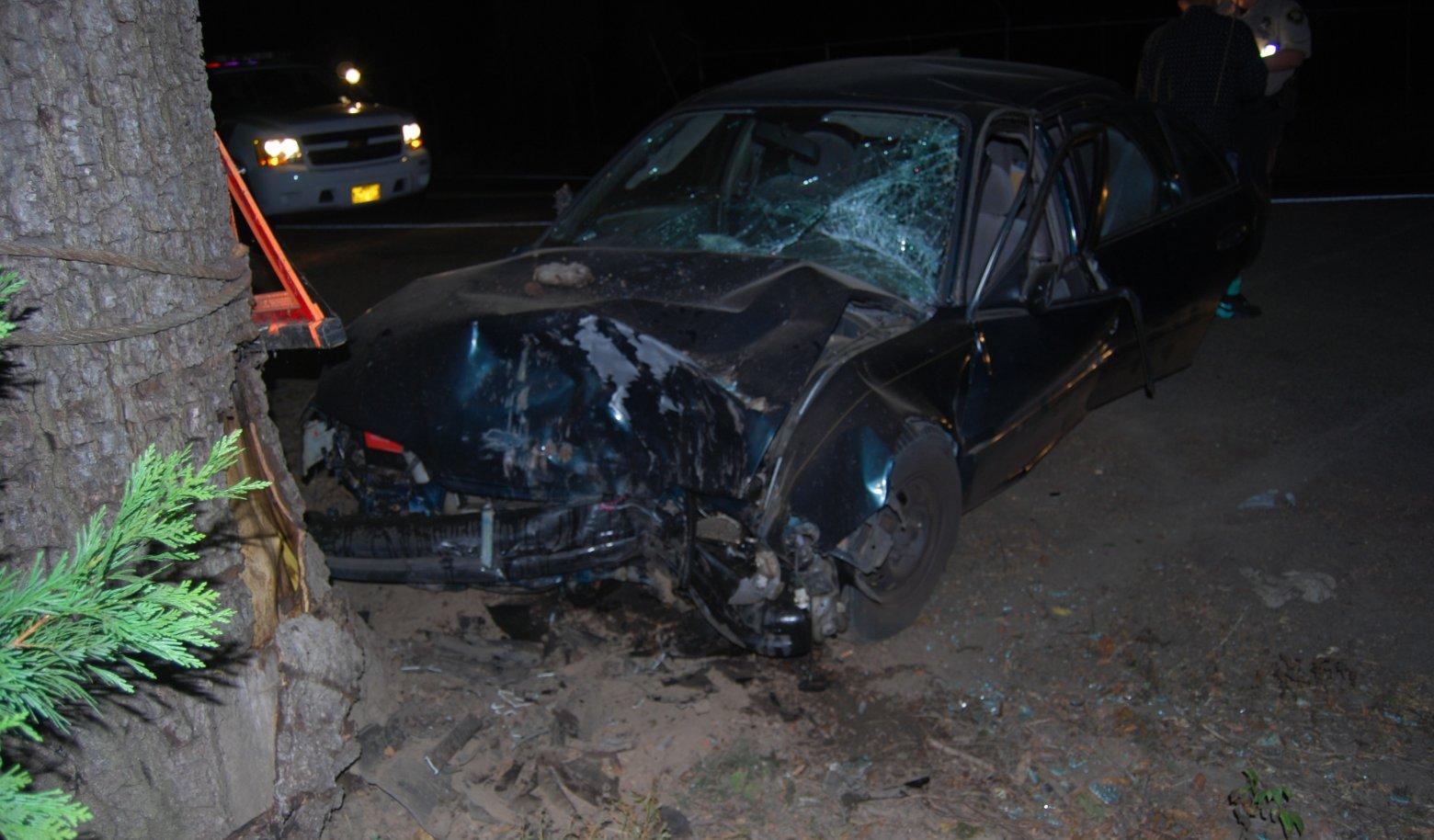 Three injured when drunk driver crashes car