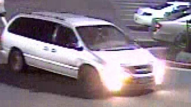 Surveillance images of theft suspect's van (Image: Cannon Beach PD)