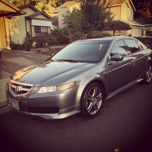 The 2006 Acura TL police say Saban made off with.