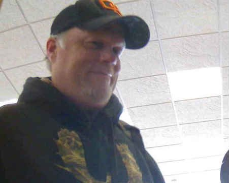 Bank robbery suspect (Photo: Clackamas Co. Sheriff's Office)