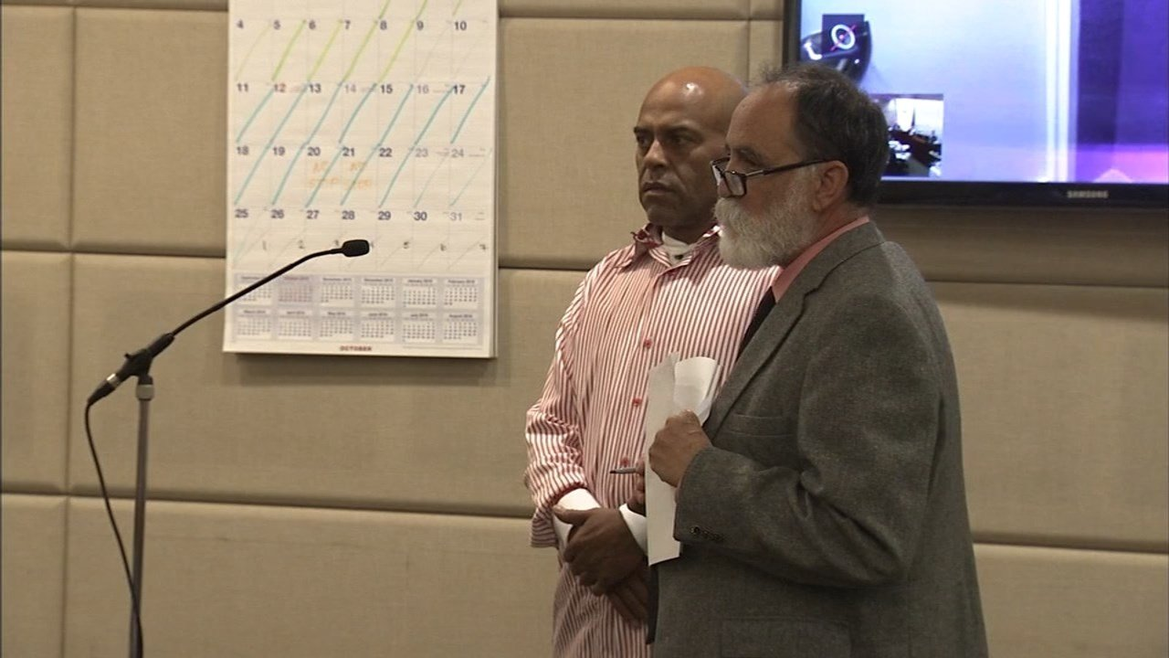 Rodney Lopes, left, in court Monday.