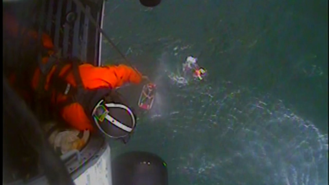 (Photos: Coast Guard 13th District Public Affairs)