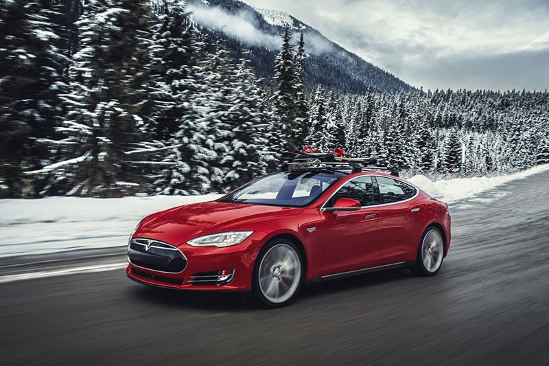 A publicity photograph of the Tesla Model S P85D. (From Tesla Motors)