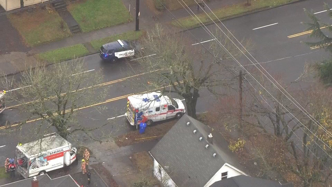A U-Haul driver died in a crash into a tree on NE Glisan Street