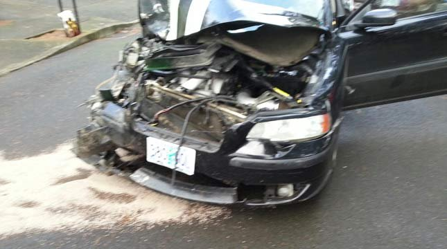 Package theft suspect's car after chase, crash (Photo: Clackamas Co. Sheriff's Office)