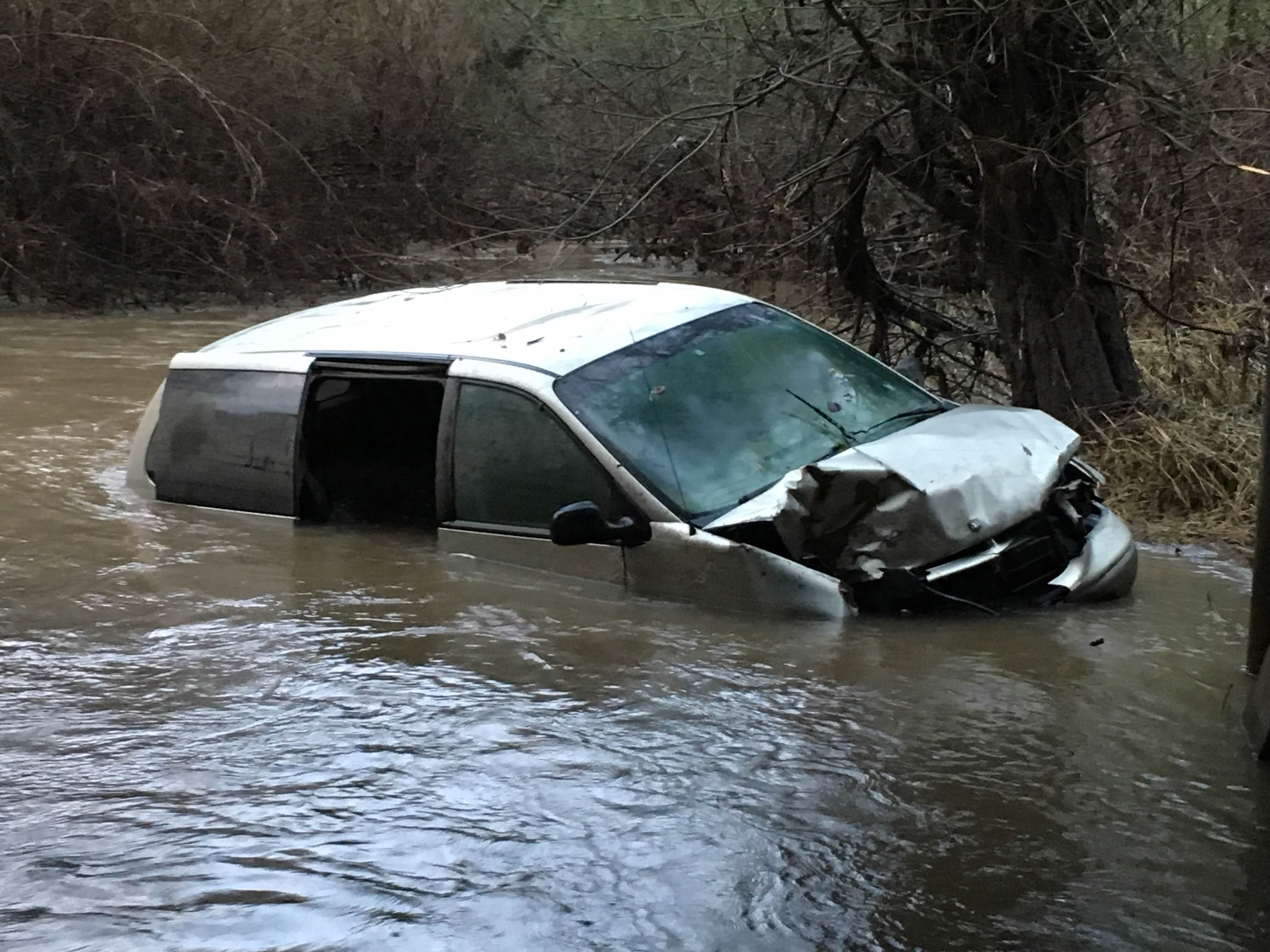 Jeannette Wilder's van still sitting in Zollner Creek.