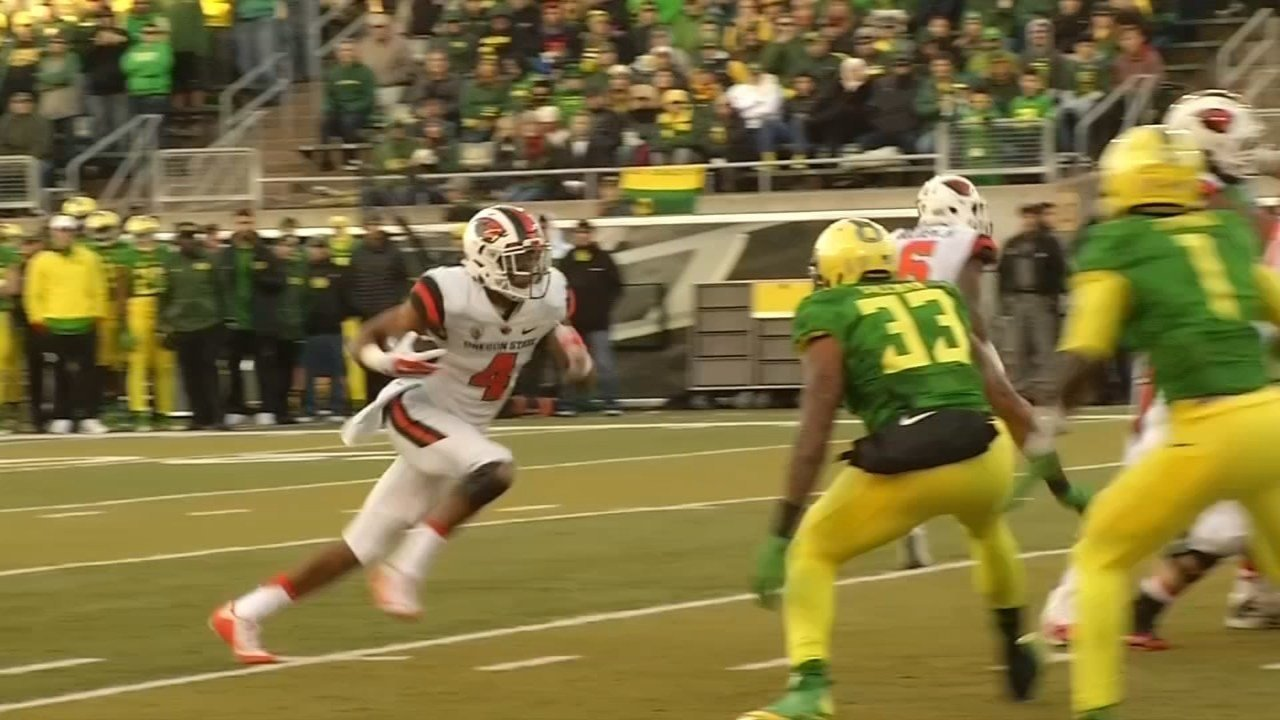 OSU Beavers QB Seth Collins during the 2015 Civil War game against the Oregon Ducks (file image)