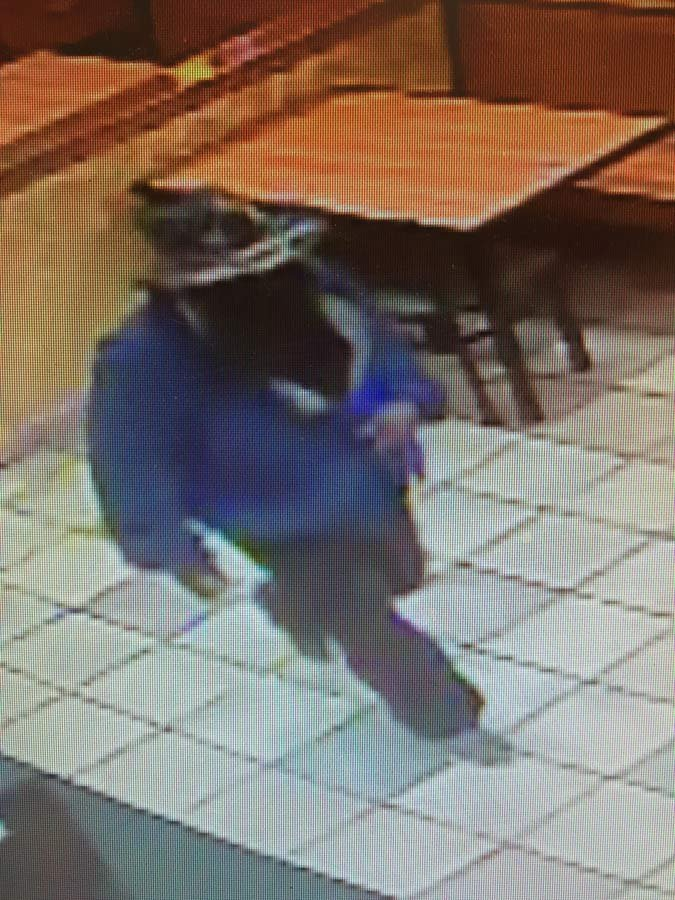 Surveillance image of Vancouver Subway robber from Vancouver PD.