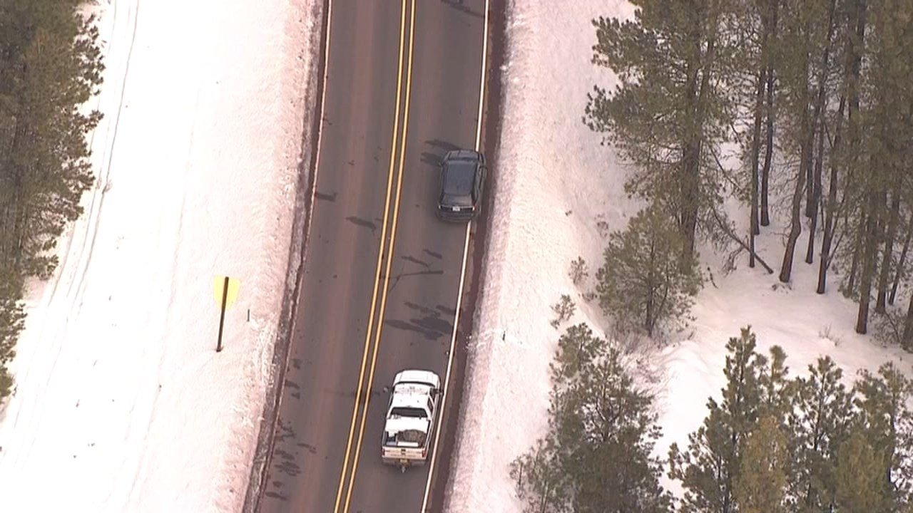 Scene of deadly confrontation between law enforcement and wildlife refuge occupiers on Highway 395 from Air 12.