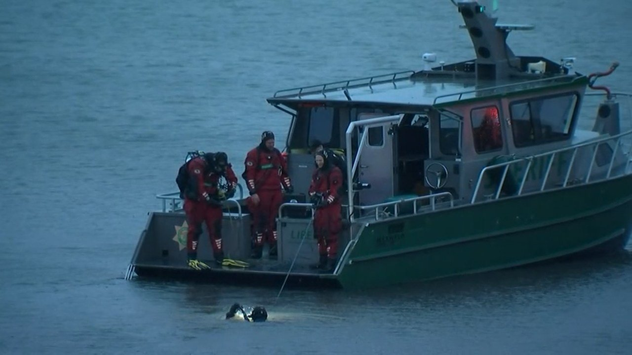 The dive team from the Multnomah County Sheriff's Office also responded, and the PPB Major Crash Team led the investigation of the crash site.