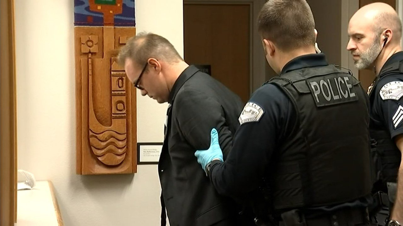 Officers took Jonathan Peachey, 34, into custody after the West Linn HS teacher was sentenced to two months in jail and three years of probation for charges of sex abuse.(KPTV)