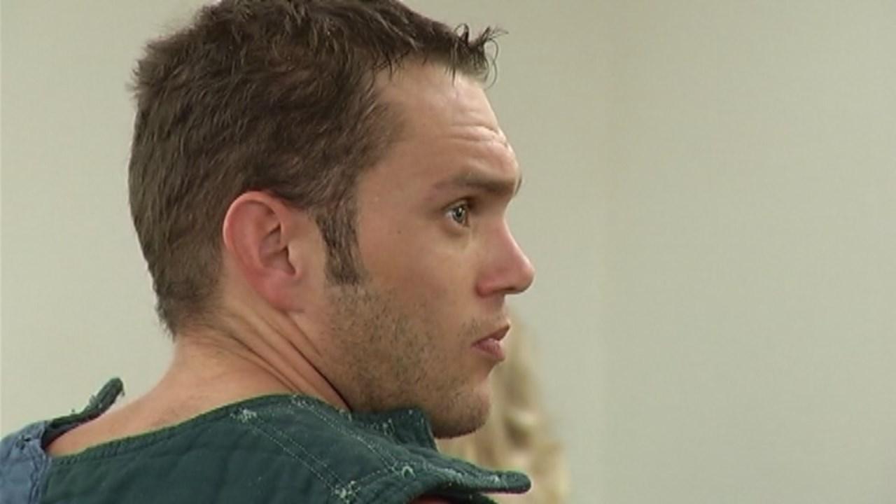Darrel Fry in court. (2012 KPTV file image)