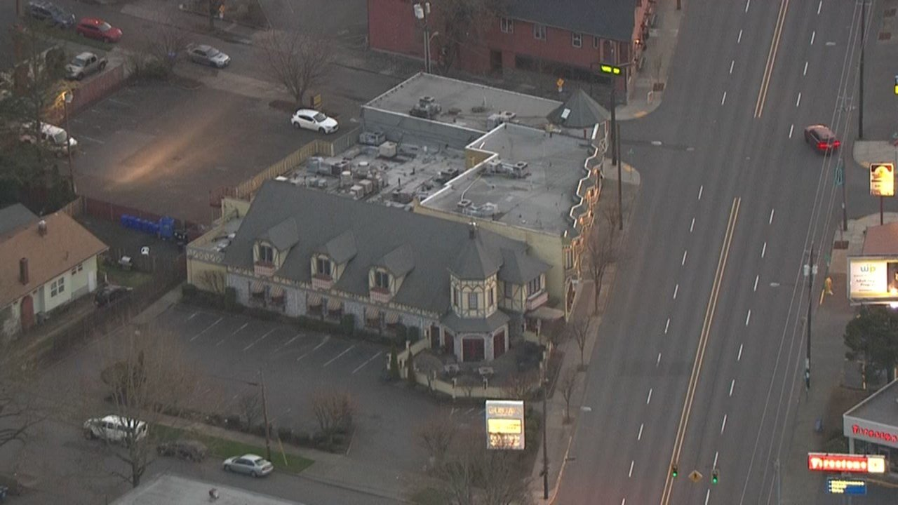 Der Rheinlander in NE Portland. (Image from Air 12/KPTV)