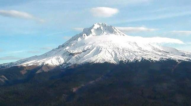 Mount Hood. KPTV file photo.